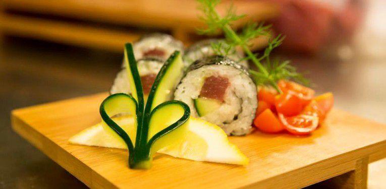 Piatto-di-Sushi-765x375