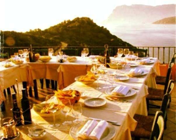 La-tua-cena-in-ottima-compagnia-a-cala-sole1