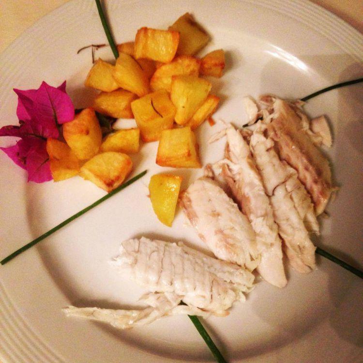 Spigola-al-sale-con-patate-arrosto