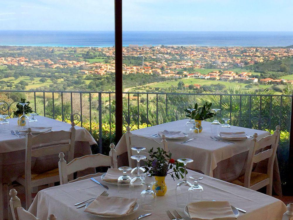 veranda-ristorante-vista-san-teodoro