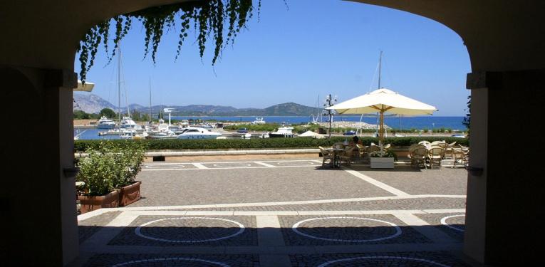 piazzetta del porto di Puntaldia