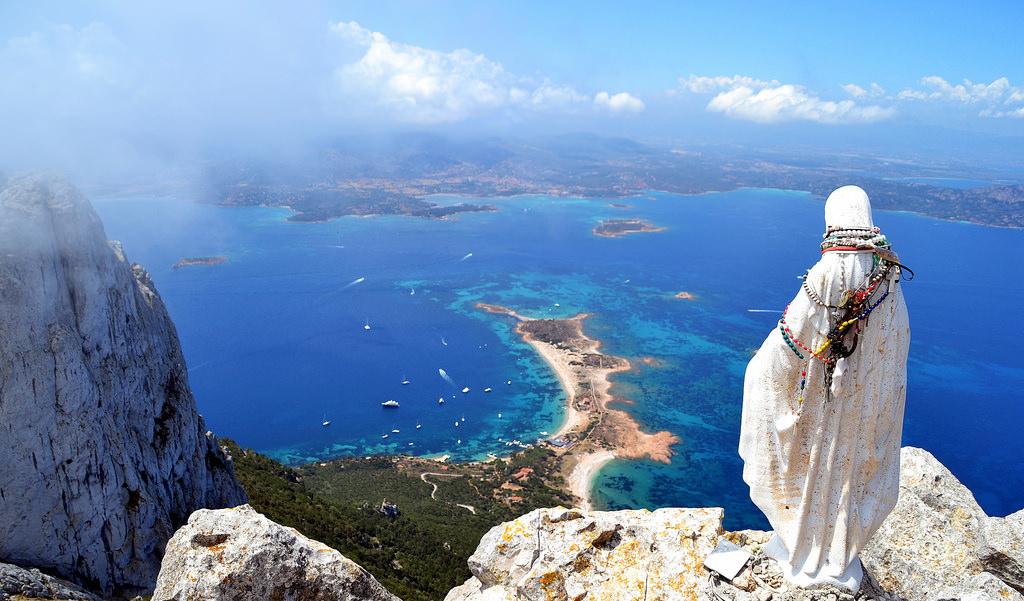 Tavolara, l'isola che c'è - SanTeodoro.it